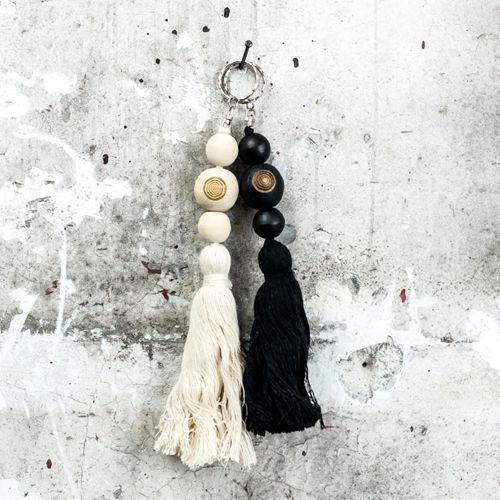 Madu-Madu Woonaccessoire Tassel zwart