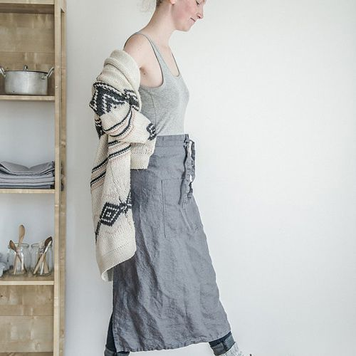 notPERFECTLINEN Long Apron - Linen Grey / Graphite