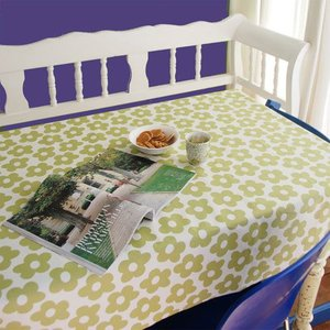 Malin Westberg Blommor tablecloth