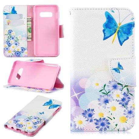 Samsung Galaxy S10e portemonnee hoesje chrysanten en vlinders