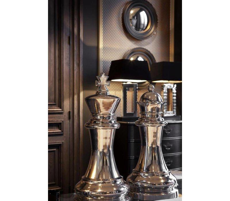 Decoratie set 'Chess King & Queen' bestaat uit 2 grote schaakstukken.