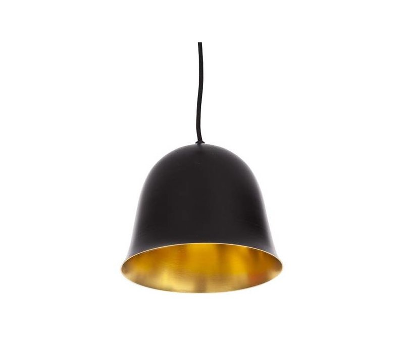 Design hanglamp 'Cloche One' in de kleur zwart met goudkleurige binnenkant.