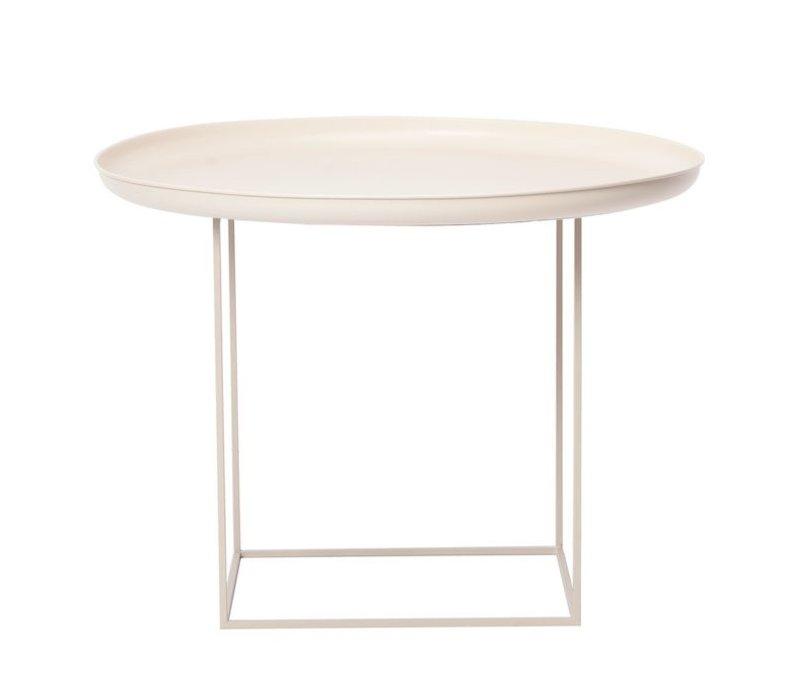 """Beistelltisch """"Duke Medium"""" in der Farbe Antique White mit einem Durchmesser von 70 cm."""