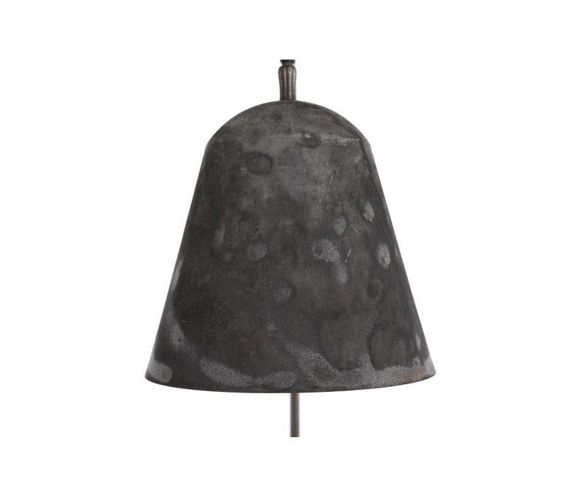 """Design-Stehlampe """"Line One"""" in der Farbe Oxidized mit unbearbeitetem Marmorfuß."""