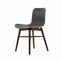 """Design-Stuhl """"Langue Original Dark Stained"""" in der Farbe Anthracite Black."""