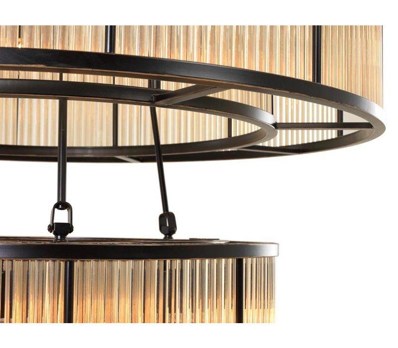 Chandelier Bernardi met een bronze 'vintage finish' heeft een diameter van 90 cm H. 116cm
