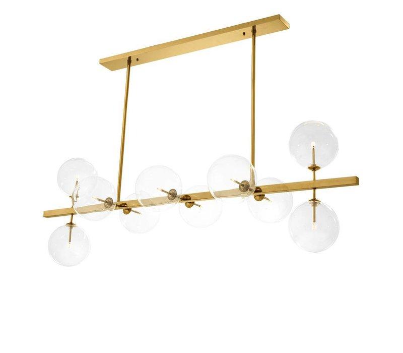 Chandelier Largo is 160cm breed  en heeft een antique brass finishing