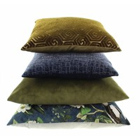 Cushion Adona in color Moss