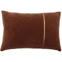 Cushion Rosana in color Ash Rose with gold zipper