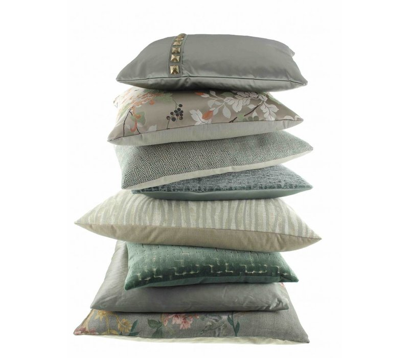 Cushion Liliano in color Mint