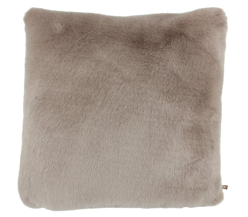 Cushion Wella Sand