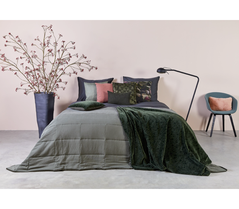 Bedspread Maia Stitched in the color Olive