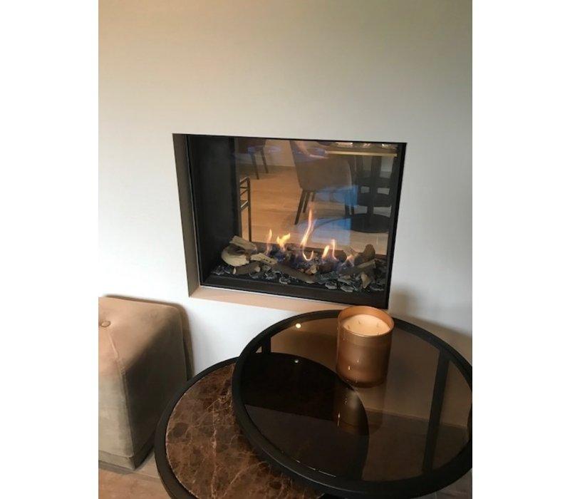 Beistelltische mit brauwn Glass