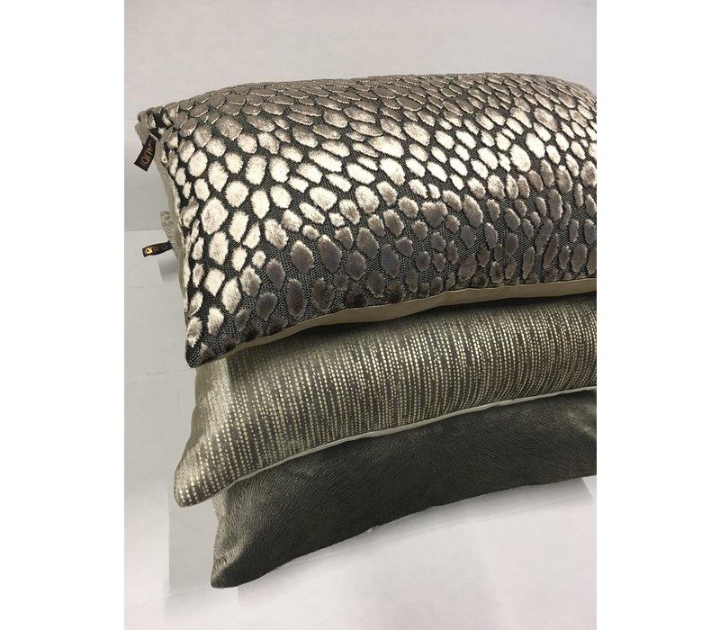 Cushion combination Brown/Sand: Perla, Speranza & Ferro