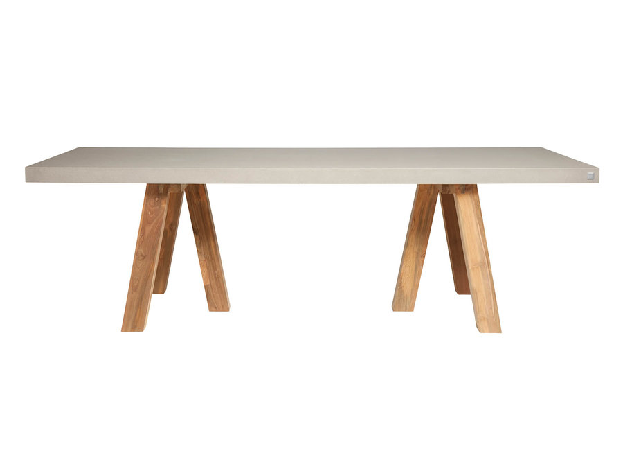 Dining table South  270