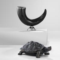'Capetown' decorative horn, dimensions: 40 x 12 x 26 cm (h)
