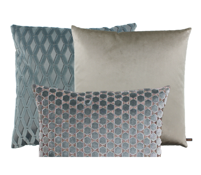 Cushion combination Iced Blue: Pasquinel, Bandi & Orsina