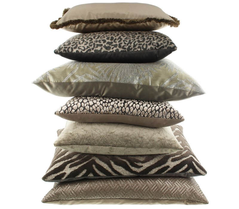 Cushion Paco Dark Taupe
