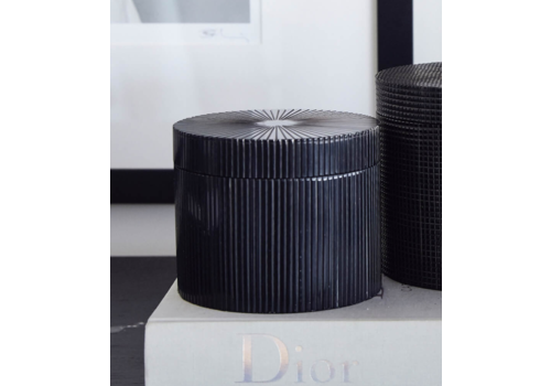 Leïlah Round storage box 'Lines' Black - M