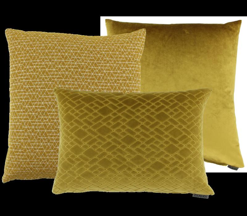 Cushion combination Mustard: Juna, Paulina & Assane