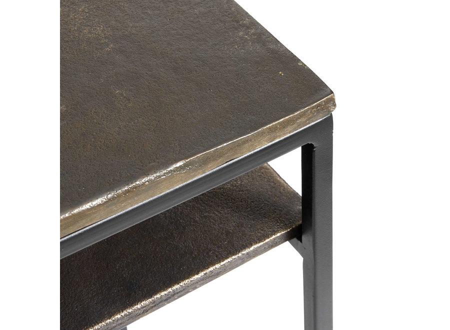 Bureau 'Hitch'  met een frame van ijzer en een antiek messing tafelblad