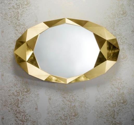 Wandspiegels zijn een sieraad voor het interieur