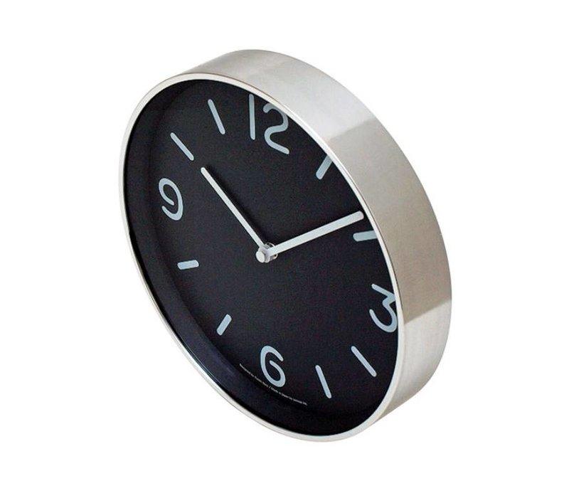 Moderne ronde klok 'Mono' in speels zwart-wit design