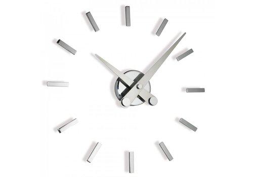 Nomon 'Puntos' retro clock