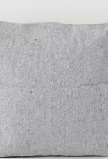 Riadlifestyle Pom Pom kussen grijs