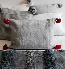 Riadlifestyle Pom Pom cushion grey-pink