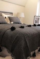 Riadlifestyle Pom Pom deken zwart
