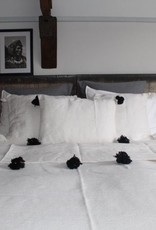 Riadlifestyle Pom pom deken wit - zwart