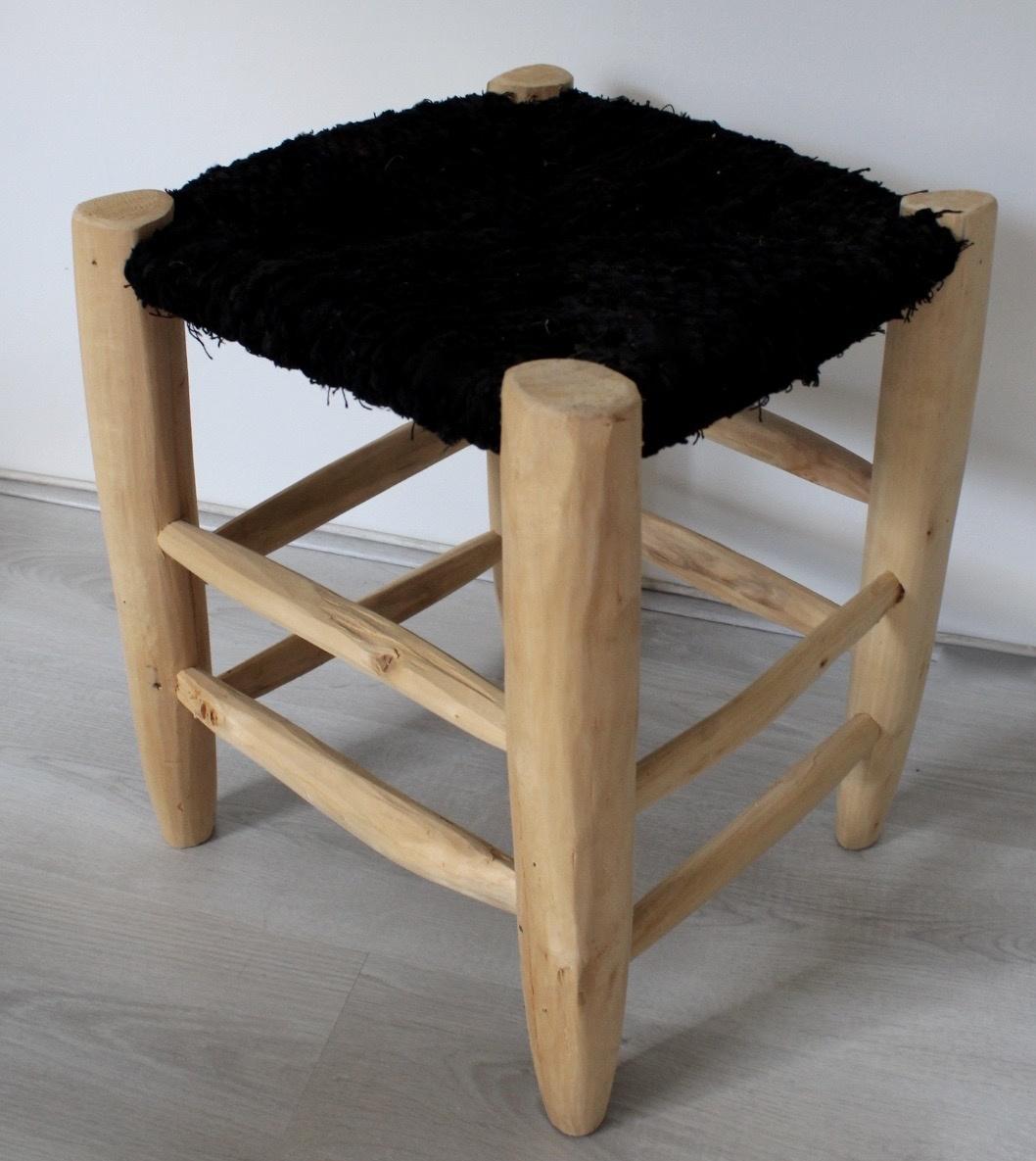 Riadlifestyle Moroccan stool Boucherouite black Big