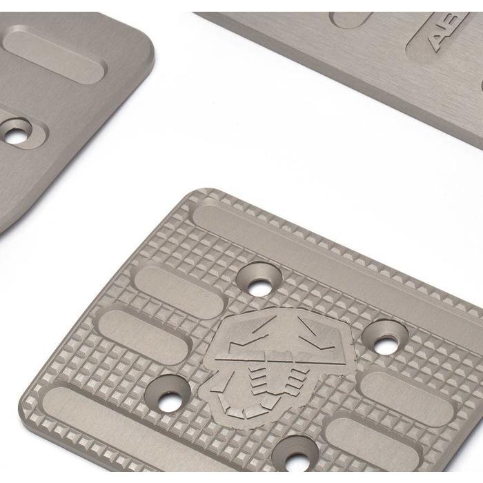 Set sportpedalen in aluminium voor de Abarth