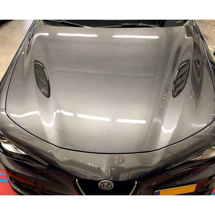 Alfa Romeo Giulia hood aggressive air intakes