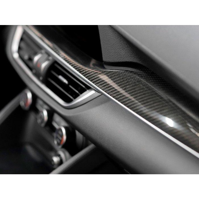 Alfa Romeo Stelvio Sierlijst Dashboard