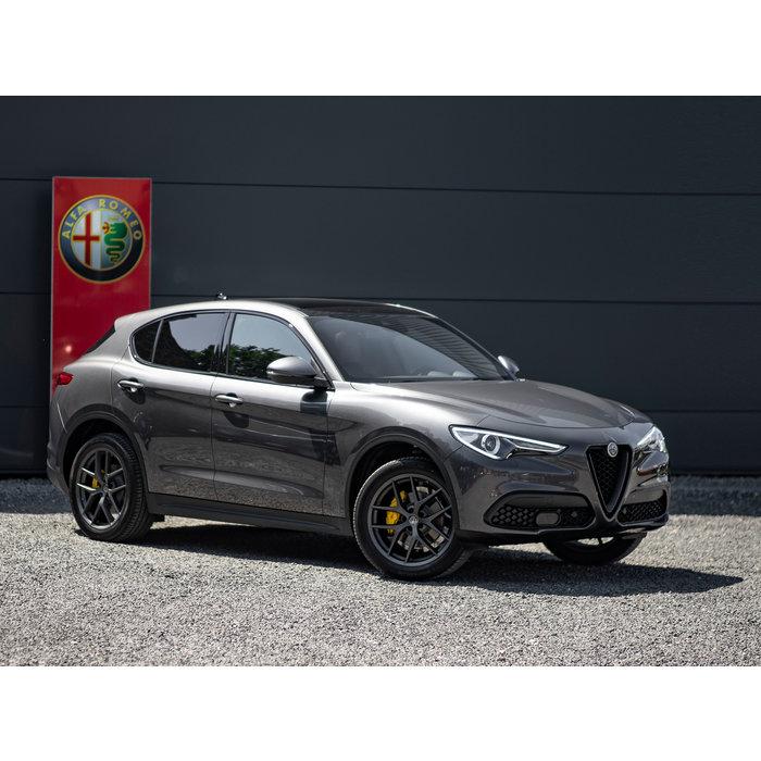 Set 20 inch  Alfa Romeo Stelvio performance wielen matt miron