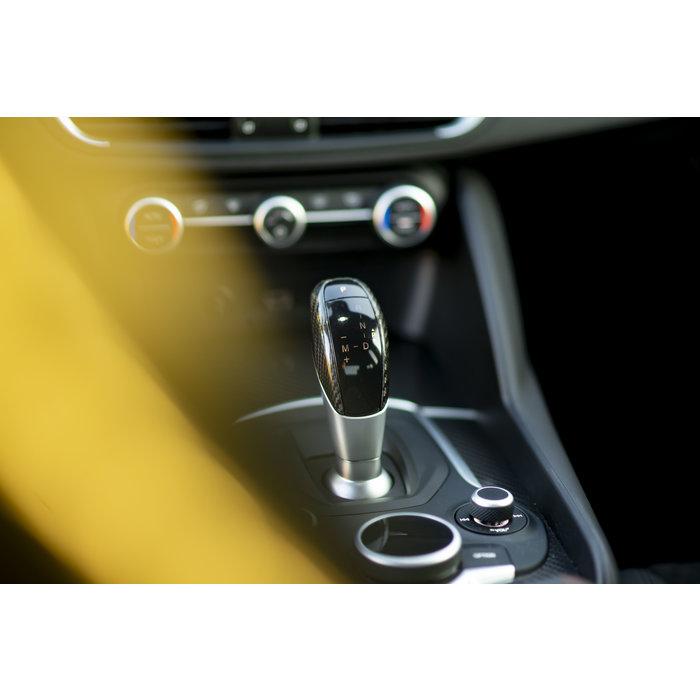 Giulia carbon pookknop automaat