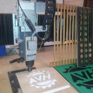 AVH Machinebouw Houten spijlenplaat