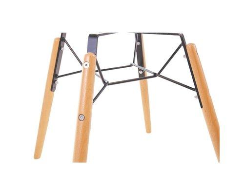 M & T  Chair orange polypropylene