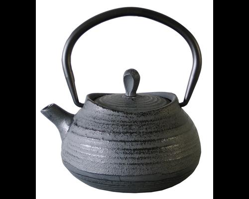 M & T  Teapot 40 cl grey cast iron