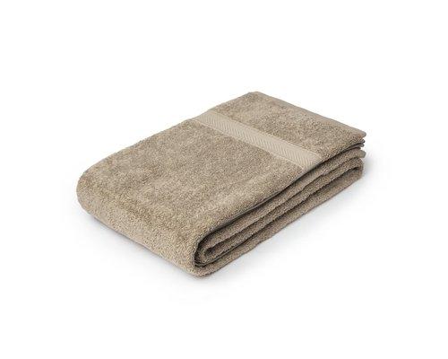 M & T  Bath sheet  70 x 137cm Sand