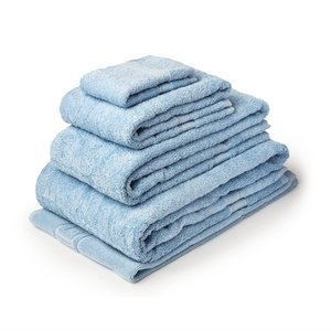 M & T  Bath sheet  70 x 137 cm blue