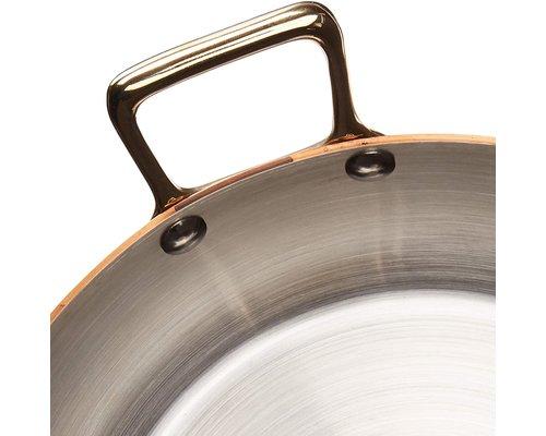 DE BUYER  Ronde  schotel  buitenzijde  koper 90 %  binnenzijde rvs 10 %   Diam. 24 cm