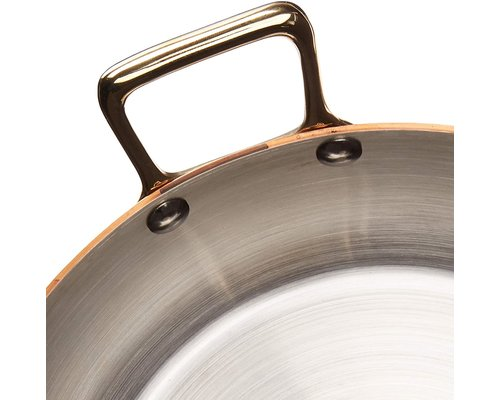 DE BUYER  Ronde  schotel  buitenzijde  koper 90 %  binnenzijde rvs 10 %   Diam.12 cm