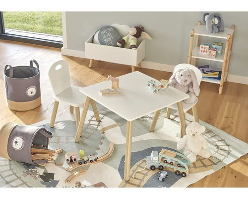 M & T  Children's table and 2 chairs Scandi design