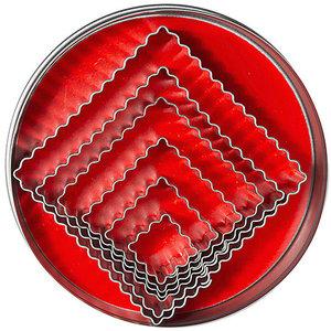 M & T  Doos met  6  vierkante gekartelde  uitsteekvormen