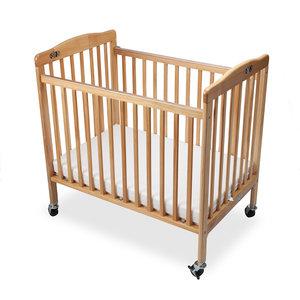 M & T  Lit bébé pliable en bois naturel