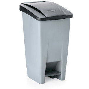 M & T  Pedal bin 120 liter with black lid , with 2 castors