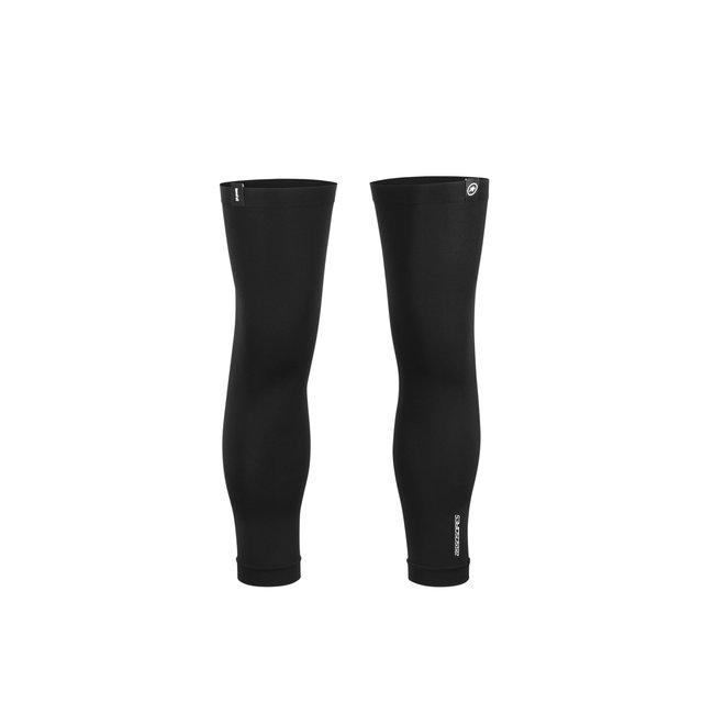Assos Knee Foil kniestukken zwart